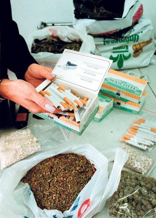 W Polsce za posiadanie narkotyków grożą dwa lata więzienia