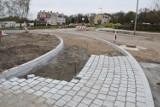 Nowe rondo na ulicy Kołobrzeskiej w Szczecinku z poślizgiem [zdjęcia]