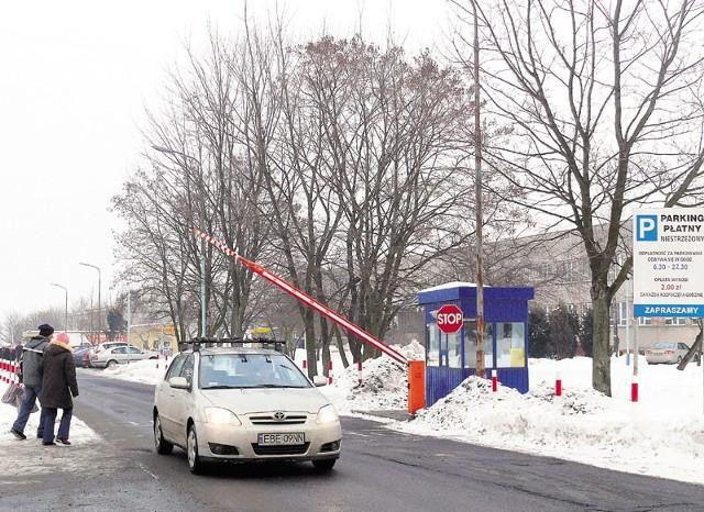 W 2010 roku przy szpitalu ma powstać bezpłatny parking na sto miejsc