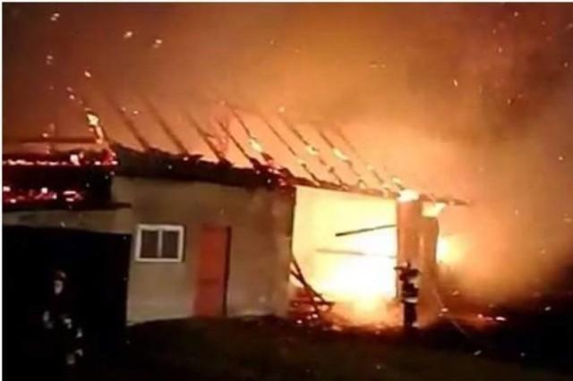 Strażacy opowiadają, że tylko cudem nikt w tych pożarach nie zginął