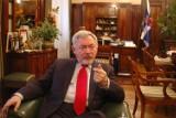Kraków. Prezydent Jacek Majchrowski dostał mandat za palenie cygar w urzędzie