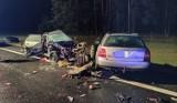 Wypadek S-10. Nie żyje gnieźnianka, a druga osoba z pojazdu jest w szpitalu