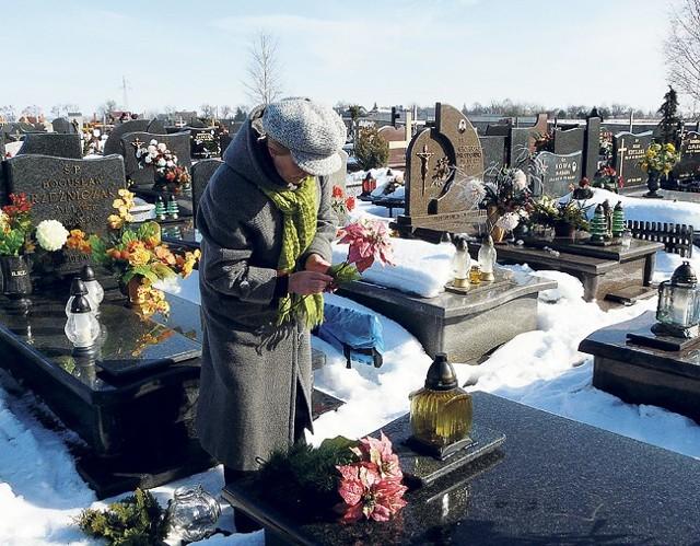 Radomszczanie przyklaskują pomysłowi budowy cmentarza komunalnego