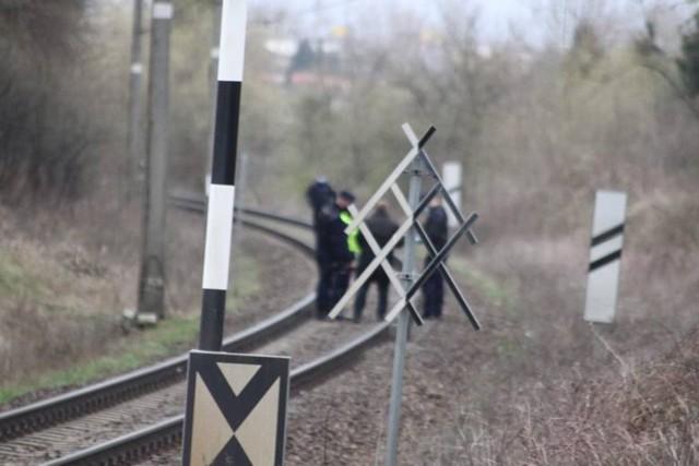 Śmiertelny wypadek na torach pod Kołobrzegiem. Zginął rowerzysta