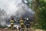 Gmina Czermin. Mamoty. Jedna osoba poszkodowana po wybuchu gazu. Strażacy walczą z ogniem