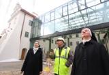 Centrum Idei ku Demokracji u Panien Dominikanek w Piotrkowie wcześniej niż planowano