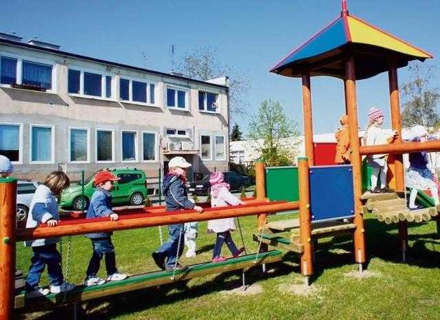 Podczas sesji rodzice przedszkolaków przypomnieli, że nowy plac zabaw to także ich zasługa
