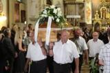 Pożegnanie Tadeusza Rosy. Setki osób w bazylice i na cmentarzu