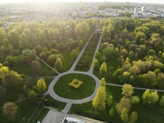 Park Ludowy ma ponad 22-hektarową powierzchnię. Za roboty związane z przebudową ratusz zapłaci 34,4 mln zł