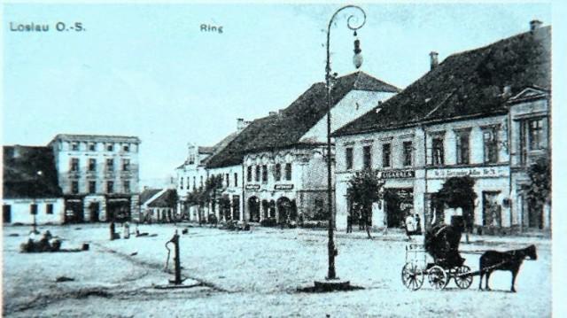 Rynek w Wodzisławiu Śląskim na archiwalnej fotografii