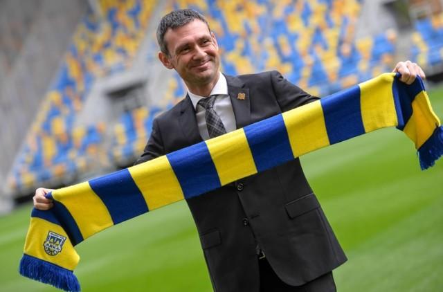Aleksandar Rogić zastąpił na stanowisku trenera Arki Gdynia Jacka Zielińskiego