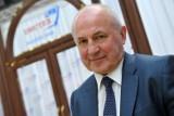 Bytowska firma Drutex włącza się do akcji walki z koronawirusem i przekazuje milion złotych #zarażamydobrem