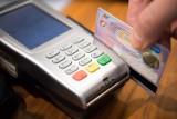 Od czwartku  wchodzą zmiany w płatnościach kartą
