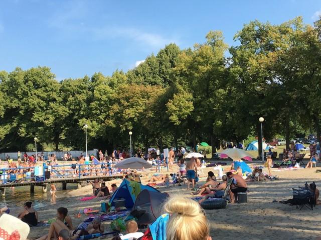 Kąpielisko w Łochowicach jest oblegane, zwłaszcza w weekendy.