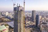 Bez zapezpieczenia wspiął się na 260-metrowy dźwig przy Varso. Tłumaczył, że ''chciał zrobić zdjęcie panoramy stolicy''