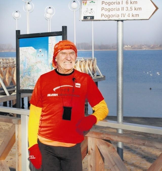 Stanisława Wójcika najczęściej można spotkać na trasach biegowych wokół Pogorii
