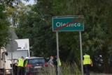 Śmiertelne potrącenia w powiecie oleśnickim. Duża akcja policji w całym regionie