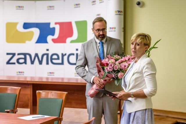 Prezydent Zawiercia powołał swoją drugą zastępczynię - została nią Justyna Miszczyk.   Zobacz kolejne zdjęcia - przesuń zdjęcia w prawo. Wciśnij strzałkę lub przycisk NASTĘPNE