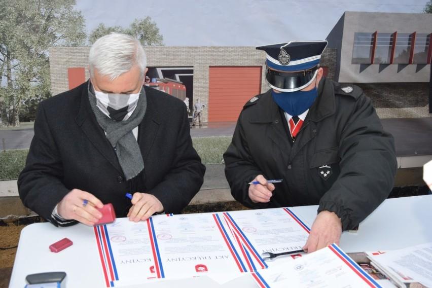 Podpisanie i murowanie aktu erekcyjnego pod budowę Centrum...