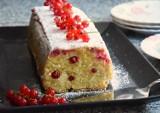 Ciasto z porzeczkami. Poznaj najlepszy przepis na ciasto na lato, które zawsze się udaje! Zobacz wideo i zdjęcia