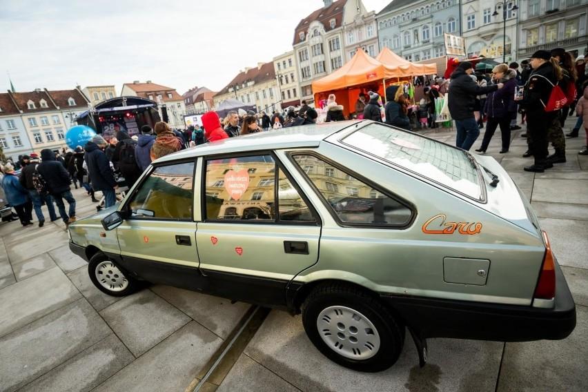 W Bydgoszczy kwestuje około 700 wolontariuszy. Wśród nich...