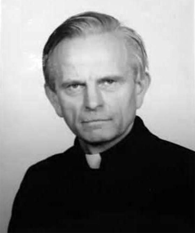 Nie żyje ks. Henryk Spychała, długoletni proboszcz parafii w Dębnicy