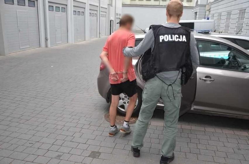 Gdańsk Orunia. Dwaj mężczyźni zaatakowali i okradli 54-latka. Za rozbój może grozić do 12 lat pozbawienia wolności