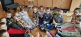Skarpetki nie do pary w przedszkolu w Opatowie. Gest solidarności z osobami z zespołem Downa (ZDJĘCIA)