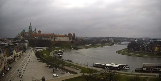 W Krakowie możliwe będą dziś burze śnieżne.