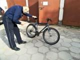 Pijany złodziej jechał na rowerze ukradzionym sprzed przychodni. Właściciel może zgłosić się po odbiór