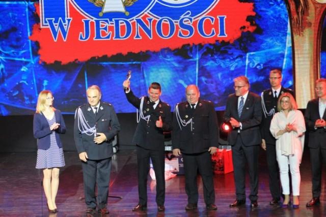 OSP Przygłów z nagrodą za zbiórkę złomu dla Krystianka. Jednostka otrzymała statuetkę Floriana 2020-2021