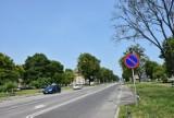 Chełm.  Przez dwa miesiące będą utrudnienia dla kierowców i pieszych na al. Marszałka Józefa Piłsudskiego
