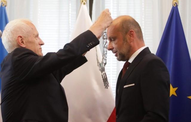 Konrad Fijołek złożył w poniedziałek ślubowanie na prezydenta Rzeszowa.