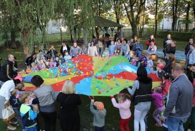 Zaplanowano też zabawy i konkursy dla najmłodszych.