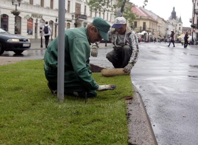 Porządki na placu Litewskim
