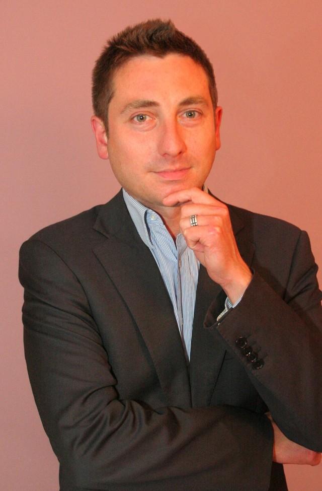 Mariusz Pawlukiewicz jest psychologiem i trenerem biznesu