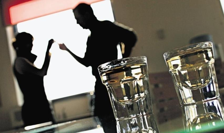 jak postępować z alkoholikiem który nie chce się leczyć