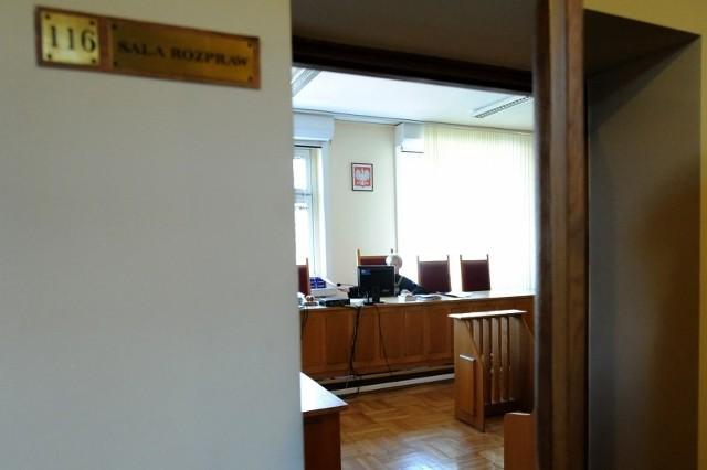 Dzisiaj z sądowej mapy Wielkopolski zniknęło 13 sądów rejonowych. Jak się okazało, zniknęły nie tylko sądy, ale także sędziowie