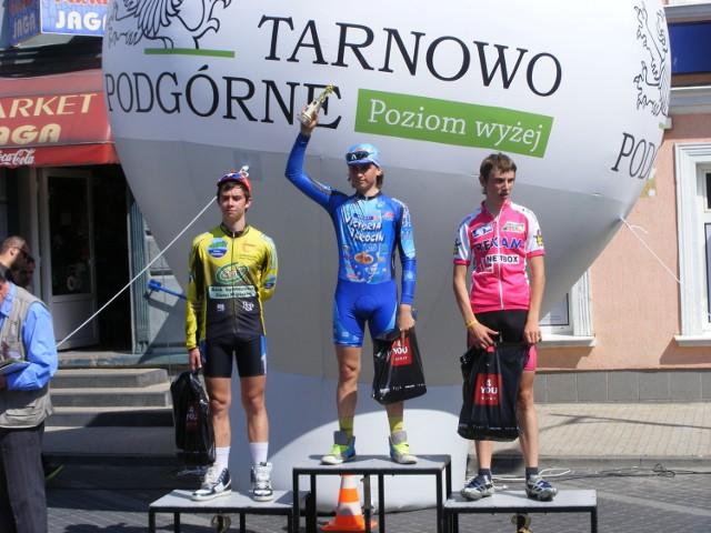Najlepsza trójka na czwartym etapie czyli w kryterium w Tarnowie Podgórnym.