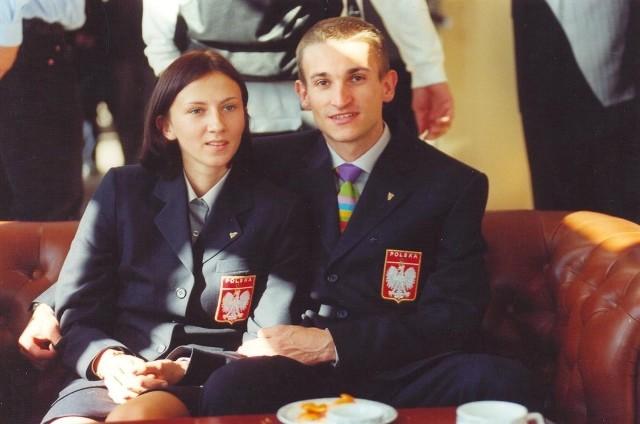 2000 r. Zaprzysiężenie olimpijskie przed wyprawą do Sydney. Z 20-letnią wtedy Moniką Pyrek