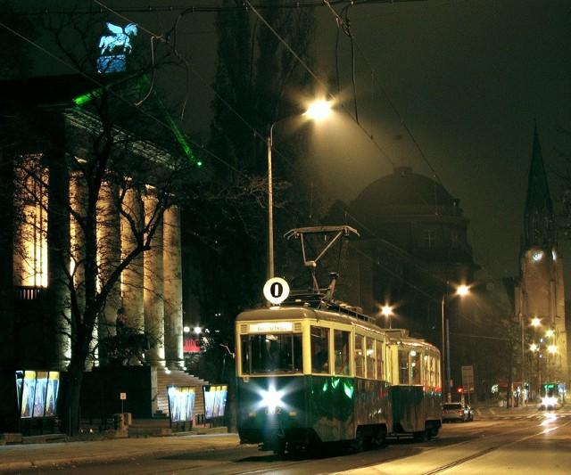 W sobotę ostatnia w tym sezonie nocna wycieczka zabytkowym tramwajem