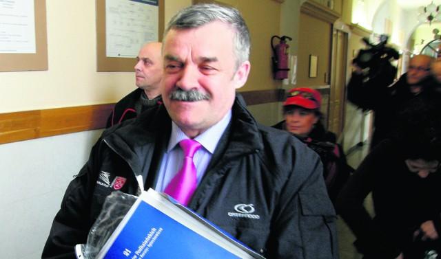 Na sądowym korytarzu Andrzej Makowski zapewniał, że liczy na odzyskanie dobrego imienia