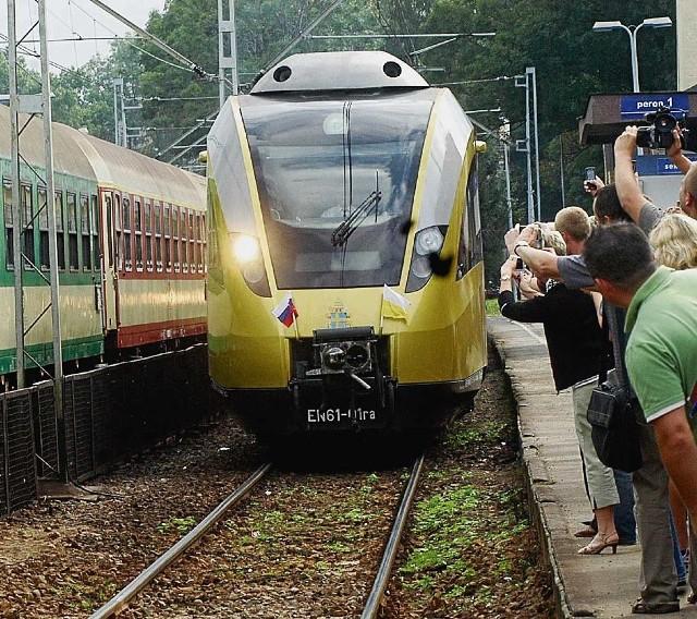Pociąg wszędzie witany jest z entuzjazmem, ale nie przekłada się to na liczbę podróżnych