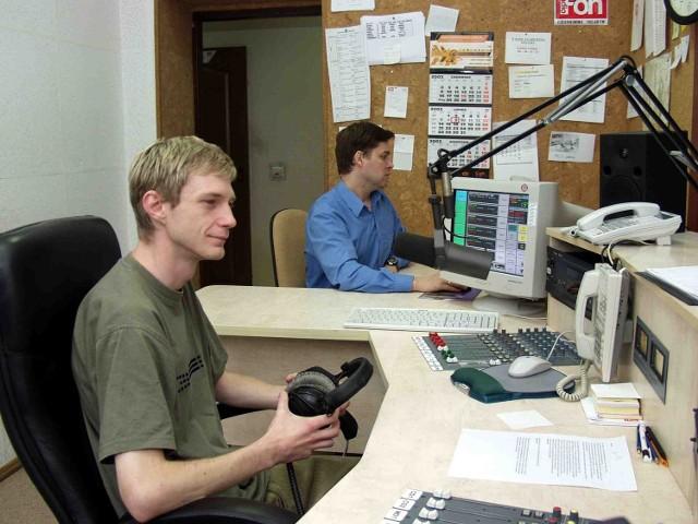 Reżyserka nieistniejącego już lokalnego radia Fon: Marek Kułakowski i Piotr Kaźmierczak