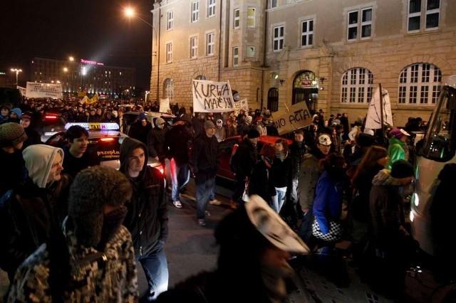 Ostatnie protesty przeciwko ratyfikacji ACTA przyciągały tłumy poznaniaków