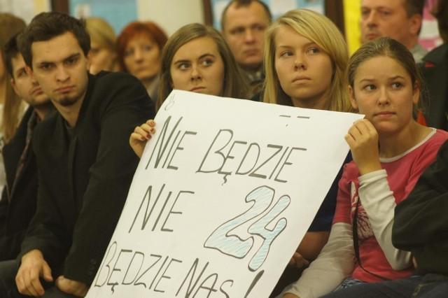 Na nic się zdały protesty uczniów, rodziców i nauczycieli