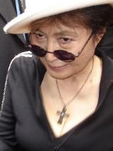 18 lutego Yoko Ono - miłość Johna Lenona - ukończyła 80 lat