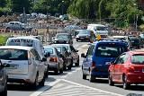 Objazdy i ogromne korki na Psim Polu. Rusza budowa ronda (MAPA, ZDJĘCIA)