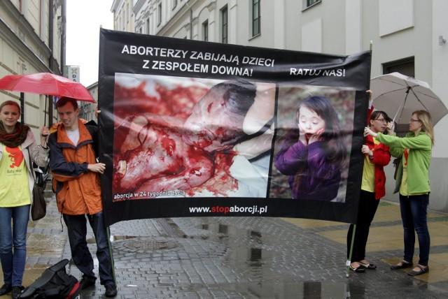 Fundacja Pro-Prawo pikietowała w Lublinie przeciwko aborcji