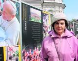Wadowice: Karol Wojtyła nadal przyciąga setki pielgrzymów